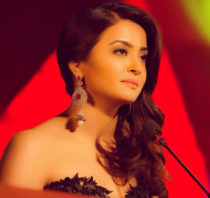 Surveen Chawla Biography, Height, Weight, Age, Affair