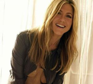 Jennifer Aniston hight
