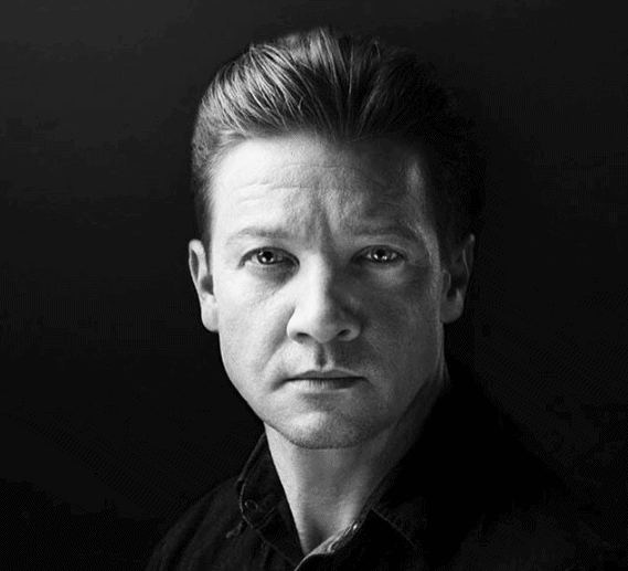 Jeremy Renner Biography