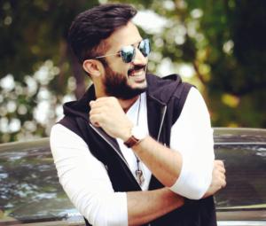 Anchor Ravi age
