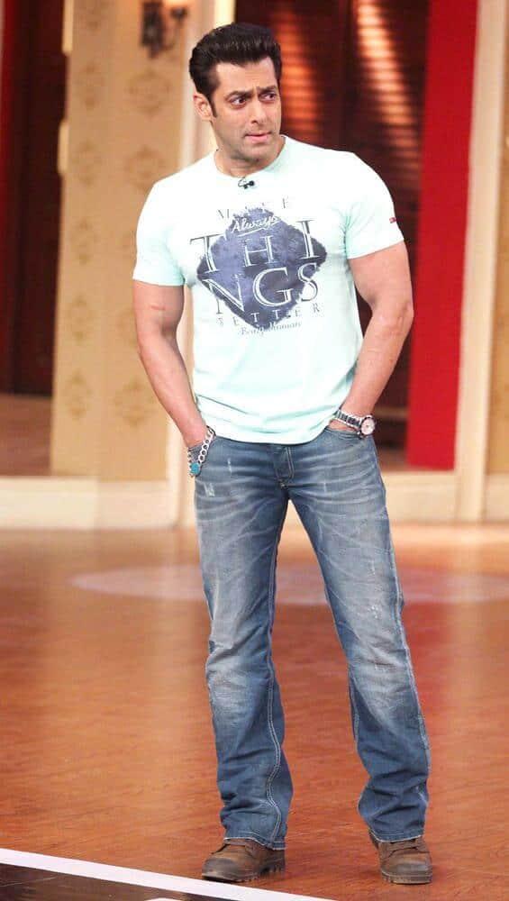 Salman Khan Standing Both Hands In Pocket