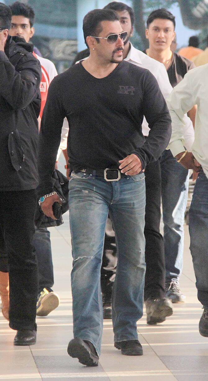 Salman Khan Walking In Public