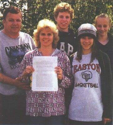 Avril-Lavigne-Family
